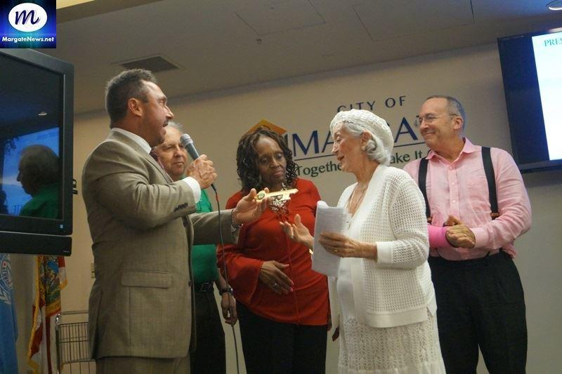 Dorothy Shooster receiving the Key to the City of Margte
